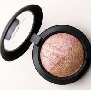 NWT Mac Love Connection Mineralize Eye Shadow